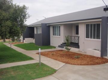 Wagga Builder Cochrane st units
