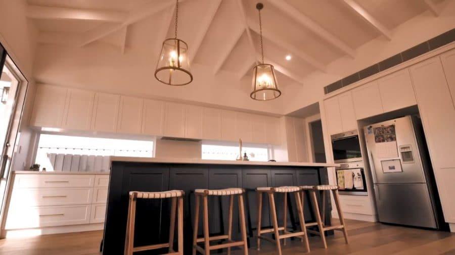 Hannafold kitchen 1