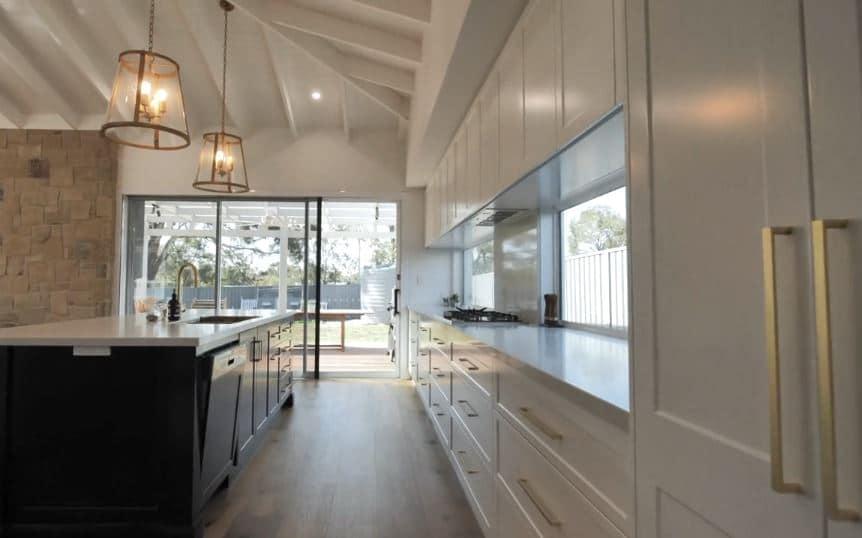 Hannafold kitchen 3